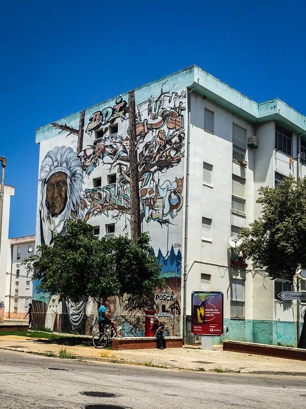 Building in Olhão