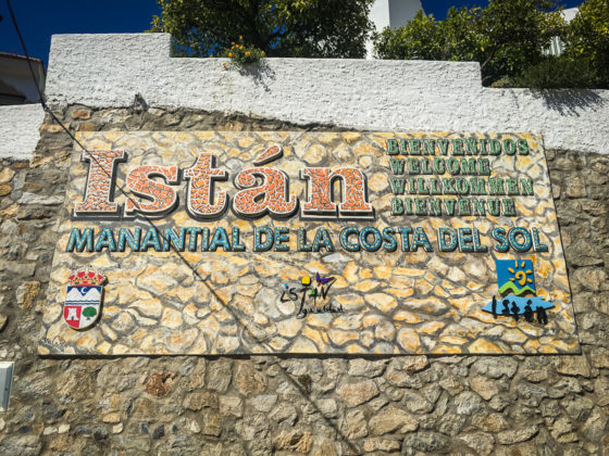 Welcome to Istan sign