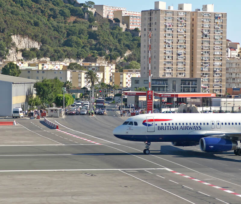 A British Airways flight landing in Gibraltar and crossing the main road